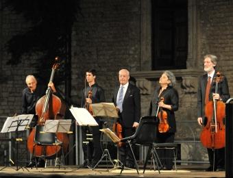 Con Mariana Sirbu Bruno Giuranna, Rocco Filippini, Franco Petracchi